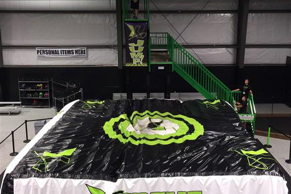 Xtreme Air jump tower