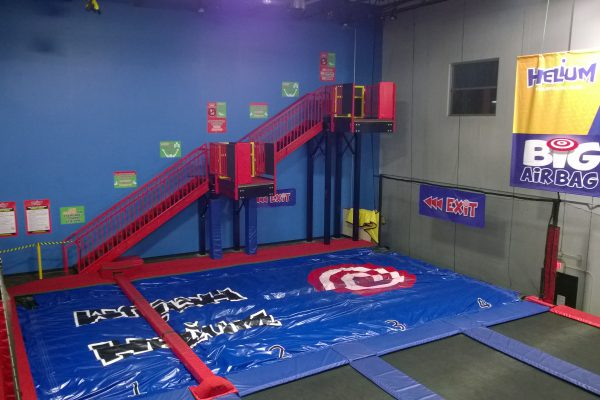 Helium Trampoline Park with a setup only possible with a BigAirBag